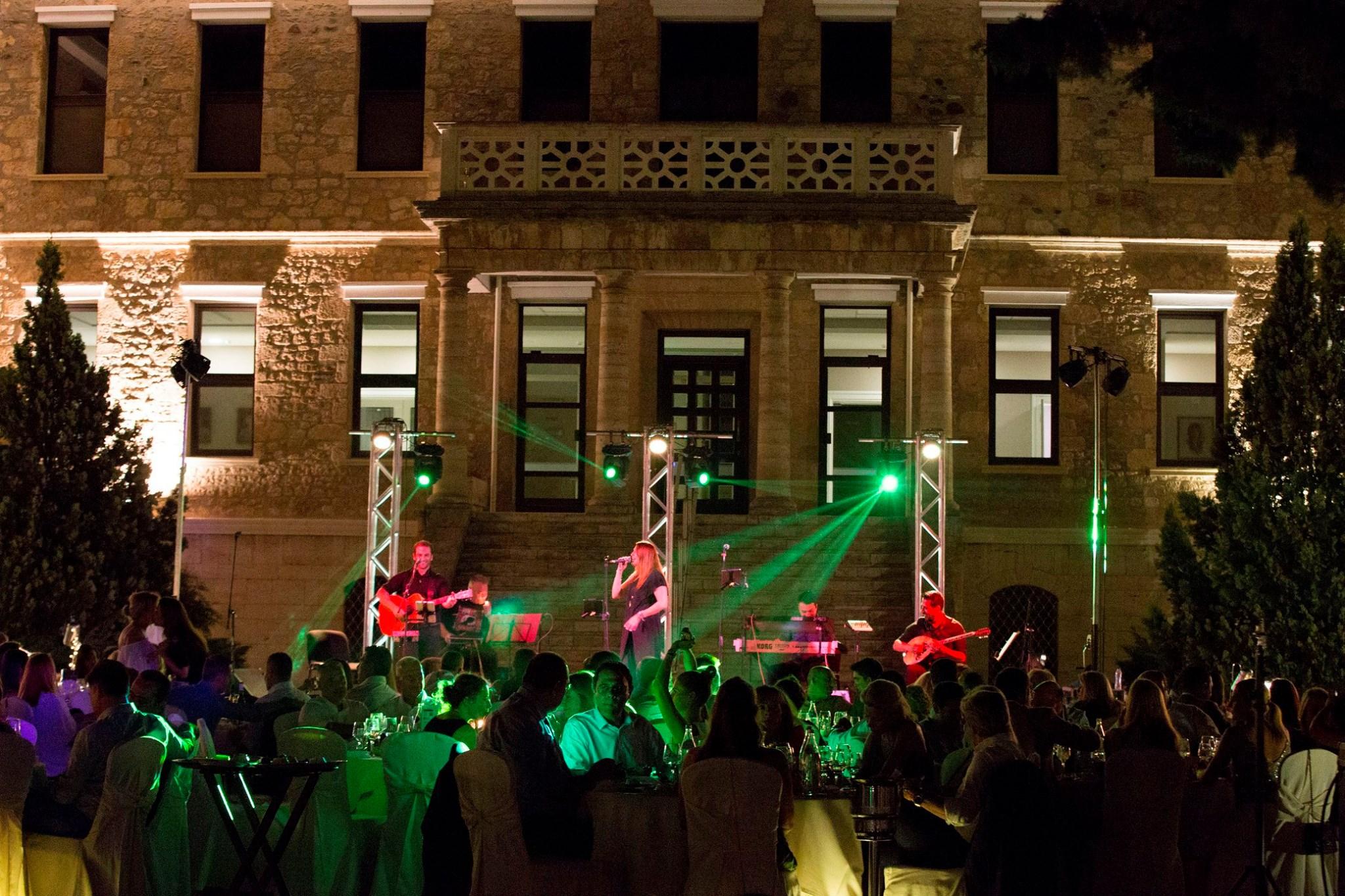 Η Jaguar Land Rover Κουμαντζιάς Α.Ε. στον Χορό κάτω από τα Άστρα της Αμερικάνικης Γεωργικής Σχολής